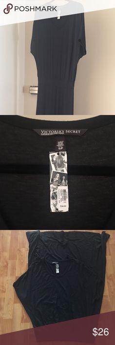 Victoria's Secret Max Dress Victoria's Secret SUPER MODEL ESSENTIALS Max Dress 👗 Brand new with tags, fits Like a medium, very long and soft, super comfortable 😉 Victoria's Secret Dresses Maxi
