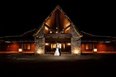 Gorgeous picture taken of a bride and groom at #NorthernLightsBallroomandBanquetCenter in Milaca, MN #Weddings
