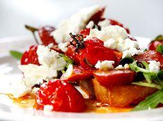 Bruschetta med chorizo Tapas, Chorizo, Caprese Salad, Bruschetta, Food, Essen, Meals, Yemek, Insalata Caprese