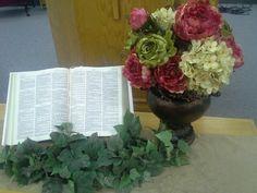 An arrangement fit for a pulpit