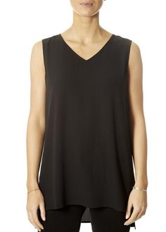 This is the V-Neck Long Shell Black Top by our friends at Eileen Fisher! It's chic, it's simple and it's wearable over and over again. This black camisole top is never going off trend, which is great news for your wardrobe and your wallet. SHOP NOW! Yellow Short Sleeve Tops, Yellow Shorts, Dark Denim, Eileen Fisher, Black Tops, Women's Tops, Fashion Ideas, Camisole Top, V Neck