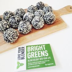 G R E E N  B A L L S  Guys, guys, guys!! Get yourselves up to @omyogashow #Glasgow on 2-3 April! We will be serving up a variety of delicious treats made with our superfood blends. ❤️ #om #omyogashow #yoga #nourish #yogaeverydamnday #yogascotland #yogashow #blissballs #vegantreats #vegansofig #plantbased #SECC #thingstodoinglasgow