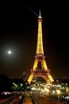 Eiffel Tower,Paris