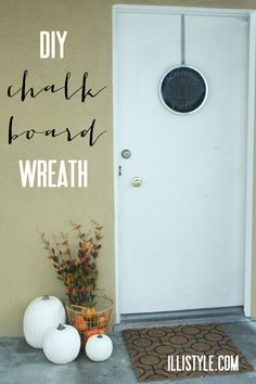 diy chalkboard wreath - illistyle.com
