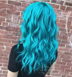 32 Trendy Hair Color Crazy Pastel Mermaids - All For Hair Cutes Teal Hair Color, Pretty Hair Color, Turquoise Hair, Hair Dye Colors, Bright Blue Hair, Blonde Color, Teal Blue, Aqua, Pelo Color Azul