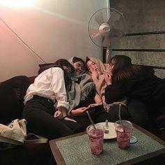 "gass-in ah skuy"" in dijodohin in dijodoh… – orangggg Mode Ulzzang, Korean Ulzzang, Ulzzang Boy, Korean Couple, Korean Girl, Asian Girl, Bff Goals, Friend Goals, Korean Best Friends"