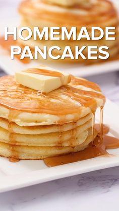 Easy Homemade Pancakes, Homemade Pancake Recipes, Pancakes Easy, Fluffy Pancakes, Buttermilk Pancakes, Breakfast Pancakes, Sweet Pancake Recipe, Pancake Recipie, Pancakes Recipe Video
