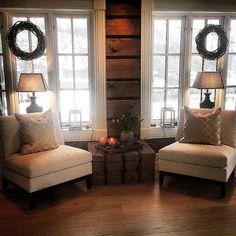 Low Budget Home Decoration Ideas Info: 9282159290 Cabin Homes, Log Homes, Interior Window Trim, Living Room Decor Inspiration, Cabin Interiors, Cabins And Cottages, Interior Design Living Room, Decoration, House