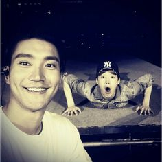 Siwon with Henry - Super Junior