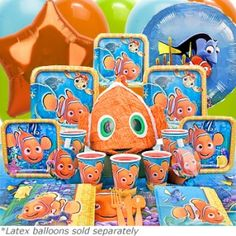 A Finding Nemo plate set perfect for an outdoor movie showing of Finding Nemo - Southern Outdoor Cinema expert tip for theming and enhancing an outdoor movie event.