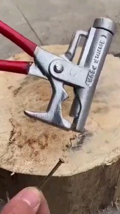 Diy Welding, Welding Projects, Cool Gadgets To Buy, New Gadgets, Home Tools, Diy Tools, Techno Gadgets, Metal Working Tools, Tools Hardware