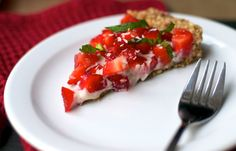 Essence of Spring: Raw Strawberry Tart | Eat, Spin, Run, Repeat