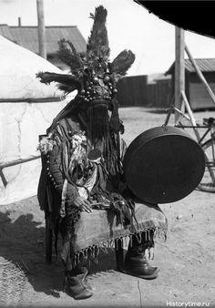 Монгольский шаман, 1900-е годы