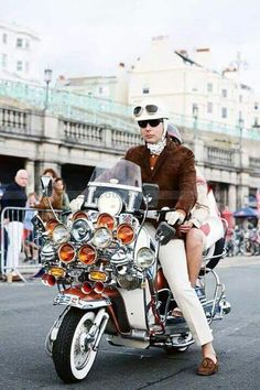 Mod and his scooter