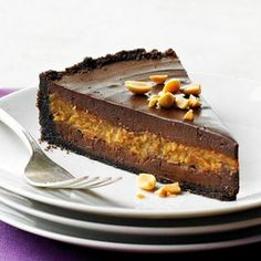 BHG's Newest Recipes:Decadent Chocolate-Peanut Butter Cheesecake Recipe. Many cheesecake recipes on this pin. Brownie Desserts, Just Desserts, Delicious Desserts, Yummy Food, Dessert Healthy, Holiday Desserts, Yummy Yummy, Food Cakes, Cupcake Cakes