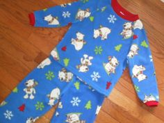 BOYS XS 4 CHILDRENS PLACE 2pc WINTER PAJAMAS sleepwear PJs FLEECE polar bears #TheChildrensPlace #PajamaSets