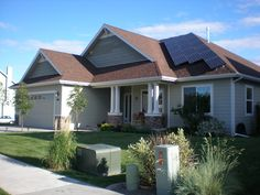 The attacks on net-metering and other provisions that make it easier for home and business owners are increasing. To push back against this a group of solar rooftop installers have come together as The Alliance for Solar Choice (TASC). http://www.solarreviews.com/blog/Solar-installers-fight-IOU-with-TASC-5-13-13/ #solarenergy #solar