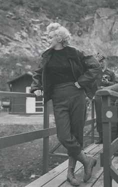 Marilyn Monroe Korea, 1954