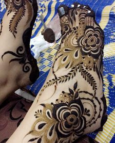 Peacock Mehndi Designs, Khafif Mehndi Design, Mehndi Designs Feet, Arabic Henna Designs, Stylish Mehndi Designs, Mehndi Design Pictures, Mehndi Designs For Girls, Wedding Mehndi Designs, Dulhan Mehndi Designs