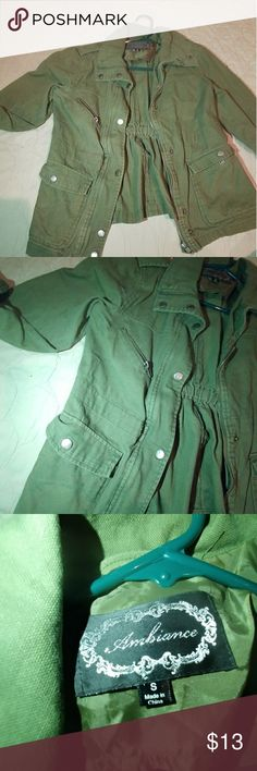 Ambiance size small army green jacket Very trendy army green jacket size small Ambiance Jackets & Coats Trench Coats