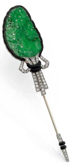 An Art Deco jade, diamond, enamel, gold and platinum jabot pin, French. 9.2 x 2.1cm. #ArtDeco #JabotPin