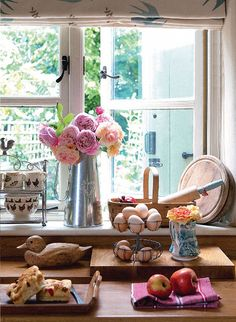 Country kitchen styling: country living uk