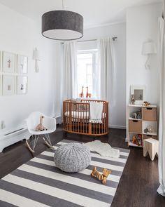 Oficina de Arquitetura: Quartos de Bebe com a cadeira de balanço de Charles e Ray Eames