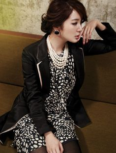 Yoon Eun Hye in magazine vogue