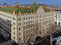 Lechner, az alkotó géniusz | design.hu Natural World, Art And Architecture, Hungary, Budapest, Paris Skyline, Art Decor, Art Nouveau, Louvre, Waves