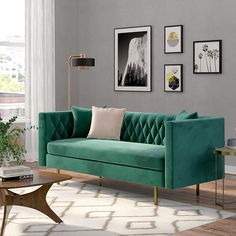 Glam Living Room Design - March 09 2019 at Glam Living Room, Living Room Green, Living Room Sofa, Living Room Furniture, Furniture Decor, Furniture Movers, Luxury Furniture, Living Rooms, Green Velvet Sofa