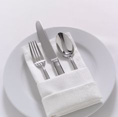 creative ways to fold dinner napkins -