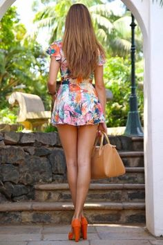 © DR. All rights reserved.   #women #beauty #sexy #legs #thighs #glutes #thighs #beautiful #woman