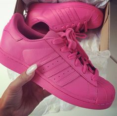 Imagem de pink, adidas, and shoes Adidas Superstar, Zapatos Shoes, Shoes Heels, Pink Shoes, Buy Shoes, Me Too Shoes, Cheap Shoes, Keds, Adidas Originals