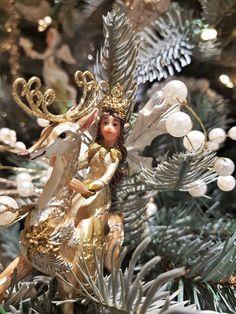 Vintage White Christmas, Christmas Tree, Christmas Ornaments, Lion Sculpture, Statue, Holiday Decor, Art, Navidad, Fairy Queen