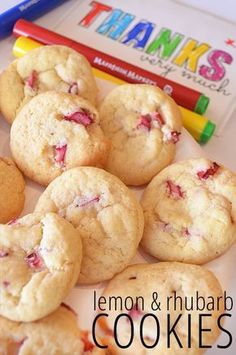 25 of the Best Rhubarb Recipes is part of Rhubarb cookies Rhubarb can be something you just don& know what to do with! Not after you see these 25 rhubarb recipes you& want to make them all! Baking Recipes, Cookie Recipes, Dessert Recipes, Ruhbarb Recipes, Recipies, Popular Recipes, Just Desserts, Delicious Desserts, Yummy Food