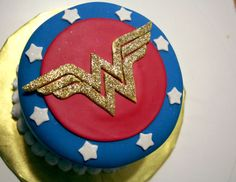 Another version of a Wonder Woman cake