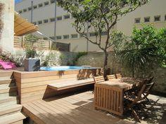 petite piscine pour maison de ville nos conseils pour une piscine urbaine piscines spas et. Black Bedroom Furniture Sets. Home Design Ideas