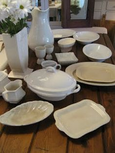 Nice collection for display and use Vintage Dishes, Vintage China, French Vintage, Beautiful Bouquet Of Flowers, White Dishes, Aromatherapy Oils, White China, Shades Of White, Serving Dishes