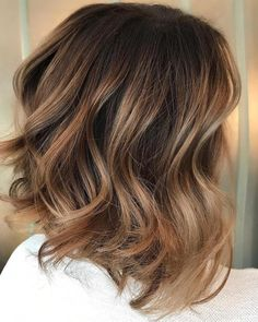 70 Flattering Balayage Hair Color Ideas for 2019 Cute Light Brown Balayage Bob Brown Balayage Bob, Brown Blonde Hair, Hair Color Balayage, Hair Highlights, Color Highlights, Brown Bob With Highlights, Caramel Balayage Highlights, Chunky Highlights, Ombre Brown