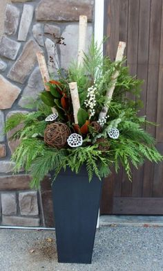 24 Stunning Christmas pots and planters to DIY for almost free! How to create colorful winter planters as beautiful Christmas outdoor decorations with evergreens berries pinecones branches & creative elements! - A Piece of Rainbow Outdoor Christmas Planters, Christmas Urns, Outdoor Christmas Decorations, Winter Christmas, Christmas Wreaths, Christmas Crafts, Holiday Decor, Outdoor Planters, Thanksgiving Holiday