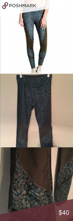 Zobha activewear Size small Only worn once Zobha Pants Leggings