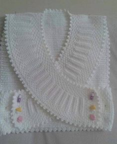 25 Knitted Vest Samples You Must See in 2020 - Kindermode Baby Knitting Patterns, Knitting Stitches, Baby Patterns, Hand Knitting, Crochet Patterns, Diy Crafts Knitting, Diy Crafts Crochet, Knitting Projects, Crochet For Kids