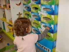 Extra pour l'éveil sensoriel du tout-petit ! Les petites mains curieuses adorent aller farfouiller dans ces boites. Car...