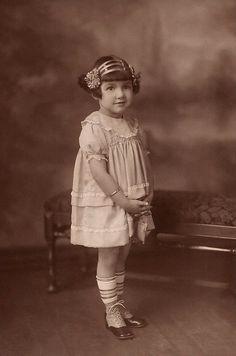 +~+~ Vintage Photograph ~+~+ Sweet girl with interesting headband