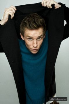 Eddie Redmayne. You have no idea how much I'm in love with this man.