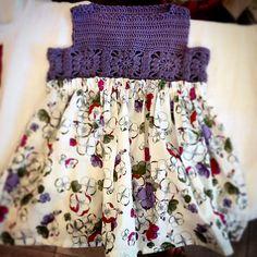 Ravelry:Free= Projeto Gallery para o padrão Granny Praça Crochet / tecido do vestido por Mon Petit Violon