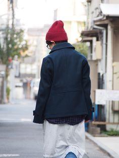 NAVY と BLUE の中間の メルトンウールのジャケット  : toulouse no osirase