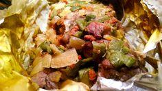 Κάνει Πείνα; Νόστιμη & ζουμερή συνταγή για εξοχικό στη λαδόκολλα! Δεν θέλει κόπο, θέλει τρόπο! #kaneipeina #pork #xoirino #ladokolla #kreas #xoirinostiladokolla #εξοχικό Potato Salad, Cabbage, Mexican, Potatoes, Vegetables, Ethnic Recipes, Food, Potato, Essen