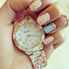 Image via We Heart It #fashion #nails #pink #pretty #want #watch