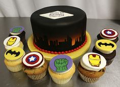 Super Hero cake cupcakes | Flickr - Photo Sharing!